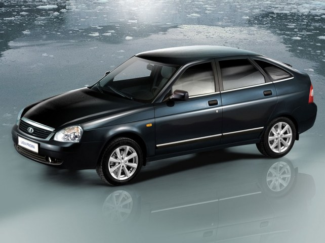 ВАЗ (Lada) Priora (2172) Хэтчбек (I поколение, 2008 - 2013 г.в.) в Калининграде