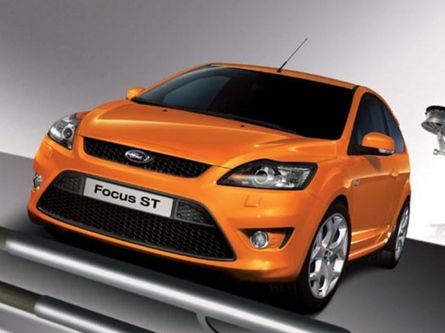 Ford Focus ST хэтчбек 3-дв. в Москве