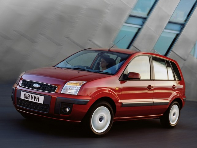 Ford Fusion (I поколение, 2002 - 2012 г.в.) в Москве
