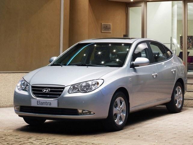 Hyundai Elantra в Москве