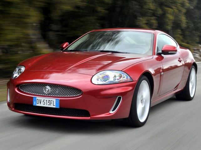 Jaguar XK купе в Москве
