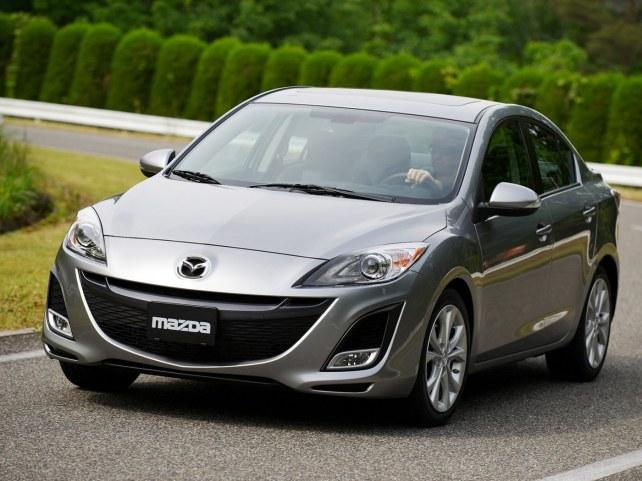 Mazda 3 седан в Москве