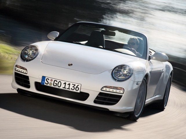Porsche 911 Carrera 4S Кабриолет в Москве