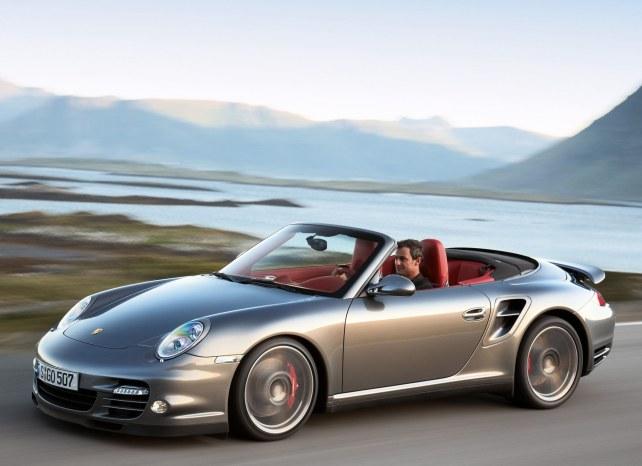 Porsche 911 Turbo Кабриолет в Москве