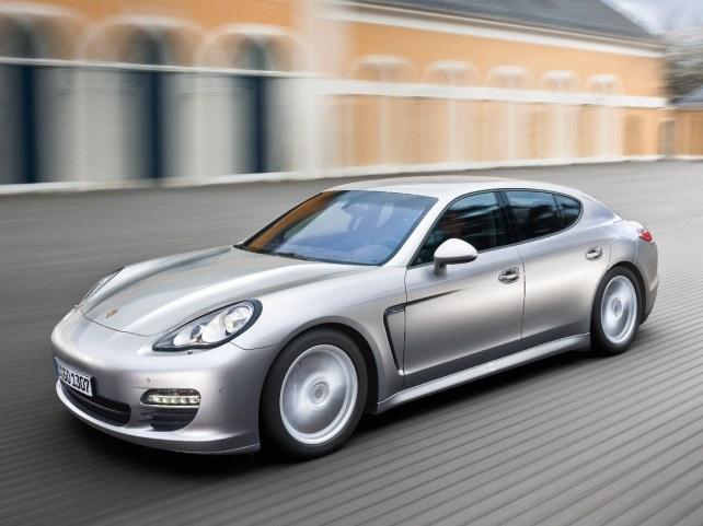 Porsche Panamera в Москве