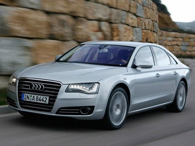 Audi A8 в Москве