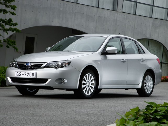 Subaru Impreza седан в Москве